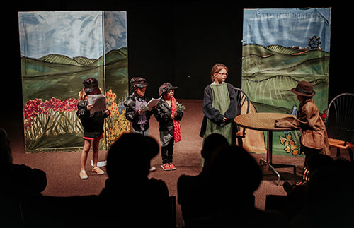children acting in a play at Edmond Fine Arts Institute