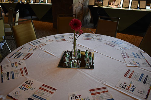 table setting at the eat drink art event