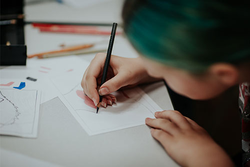Why Summer Is the Perfect Time to Take an Art Class